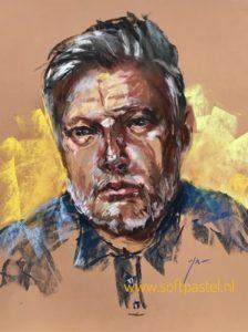 Pastel portret schets naar Model John Rankin Photographer England. maat 40x30 cm op sienna kleur Pastelmat papier